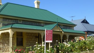 Photo for Cabernet Cottage - Historic building from 1895 just 100 meters from main street