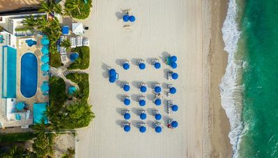 Photo for STAY ON THE BEACH! GREAT KING UNIT, POOL
