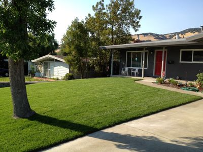 Photo for 4/3 BR. Home w/ Private Yard and hot tub - 20 min away from S.F. or Wine Country