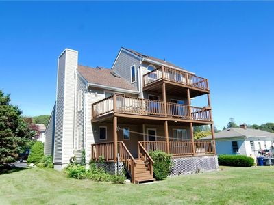 Beach and Golf Getaway in Westerly