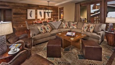One Steamboat Place: Sundance Mountain #508 4BR Luxurious Ski in/Ski out