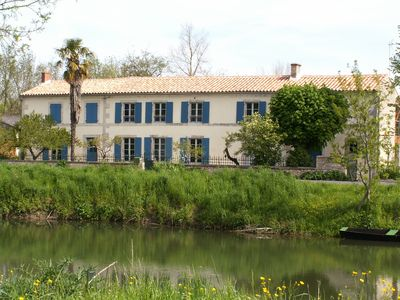 Photo for La Balangère: charming cottage in the heart of the Marais Poitevin. All inclusive stay