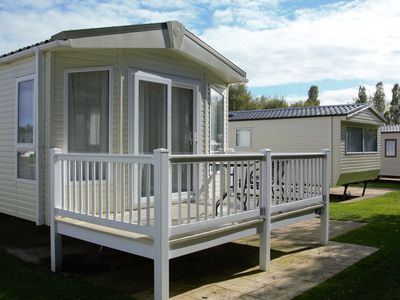 Photo for 2BR Mobile Home Vacation Rental in Hopton, England