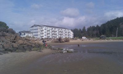 Waters Edge low  tide we are on the 2nd floor with fabulous views