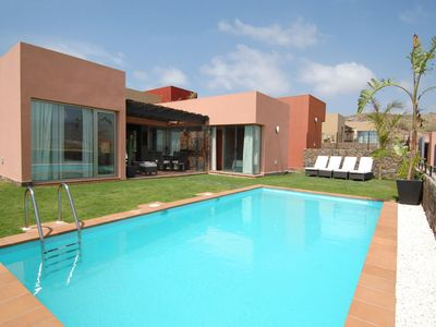 Photo for Salobre Golf Villas - Holiday Rental Par 4 - 11