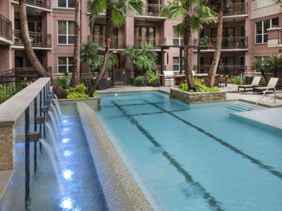 Photo for Fully Furnished 1 Bedroom Apartment With Pool View