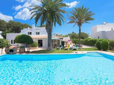 Photo for 2 bedroom Villa, sleeps 4 in Cala Serena with Pool, Air Con and WiFi