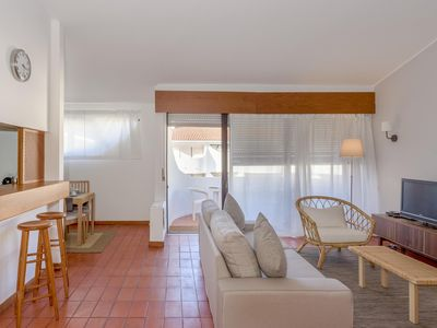 Photo for Moura Golf  apartment in Vilamoura with WiFi, shared terrace & balcony.