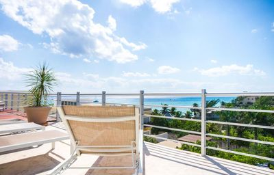 Photo for Abrazo DM. Contemporary, Deluxe condo with grand pool and gym facilities