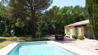 Photo for Provençal house with a pool and pine grove - View of Mont Ventoux