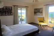 Absolute luxurious holiday rental at alpine lake blue mountains