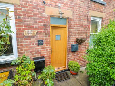 Photo for SIMON'S COTTAGE, pet friendly, with open fire in Totley, Ref 993348