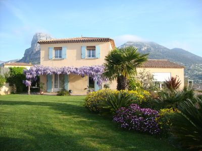 Photo for Provencal house with pool on the heights of Nice with panoramic views