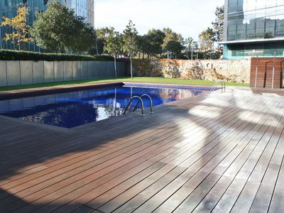 Photo for Apartment In Barcelona With Swimming Pool And Parking Near The Beach