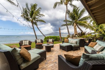 Luxurious and expansive oceanfront lanai and dining area.