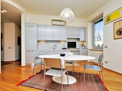 Photo for Saint Peter's Bright Apartment