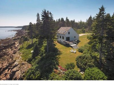 Photo for Oceanfront home on iconic rocky coast w/ amazing view, 4 acres & deck/patio!
