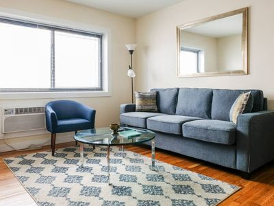 Photo for Cozy 1BR in Vibrant East Side | Steps to Nightlife