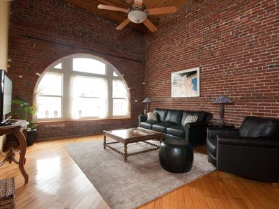 Photo for Luxury Condo In Historic District Close To Convention Center