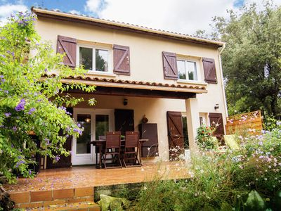 Photo for Lovely holiday home at the edge of the village of Aubais (700 m) in southern France.