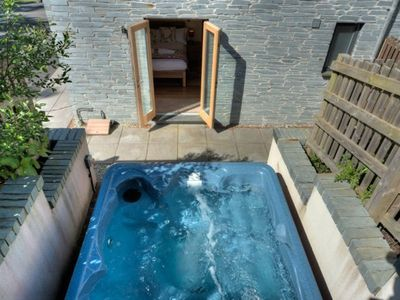 Photo for Luxury home with hot tub and roof terrace. Swimming Pool, Gym & Sauna