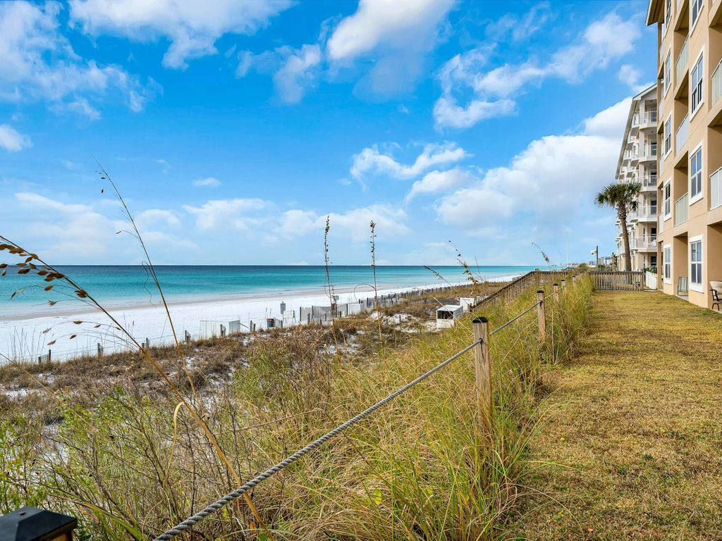 Beach Front Condo with gorgeous Gulf Views!  Sleeps 6 large image 21