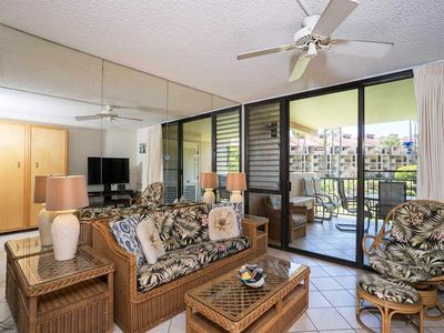 """Photo for Island style and ease define this roomy suite with full kitchen and furnished lanai for """"at home"""" di"""