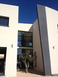 Photo for Modern house with swimming pool Narbonne