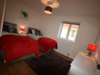 Photo for SPACIOUS SERVICED APARTMENT 2 BEDROOMS & 2 BATHROOMS  IN THE HEART OF AYLESBURY.