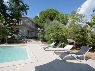 Photo for Modern villa with pool in beautiful Alcantara Valley near Etna and the coast.