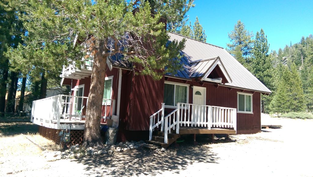 3br south lake tahoe cabin w large private deck echo for Echo lake cabin rentals