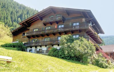 Photo for 8 bedroom accommodation in Zell am See