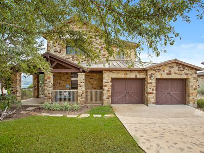 Photo for Stunning Lake Travis Views - Awesome 3 bdrm Hilltop Home, Resort Amenities, 4 pools, Marina, more
