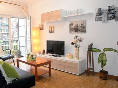 Photo for 5Pax-MadridRío-Wifi-AC-Homely bright place