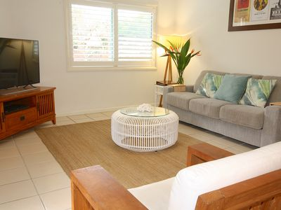 "Photo for ""COSSIES BY THE SEA"" Walking distance to beach and town. Relax and Unwind."
