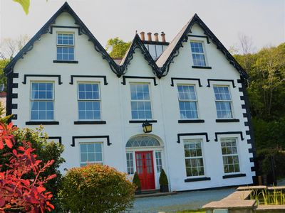 Photo for 6 bedroom House in Conwy - 75220