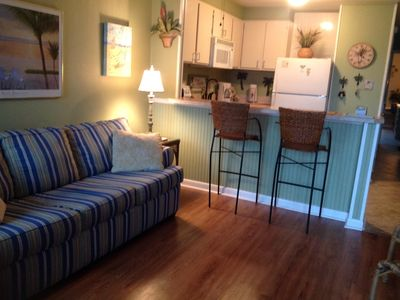 Photo for Family friendly 1bedroom/1bathwalk to beach.Two great pool's free wifi.