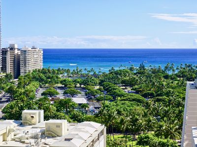 Photo for Ocean View, Modern Luxury & Hawaiian Charm!  Designer appointed 2/2 Condo-tel