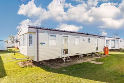 6 berth accommodation for hire at California Cliffs Holiday Park