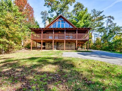 Photo for Private Log Cabin 2King Bed Wifi Mountain View Hot Tub Pigeon Forge Gatlinburg