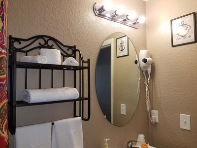 Photo for Beautiful Independent Suite for an great stay.