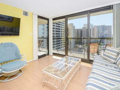 Photo for Fantastic 2 Bedroom with Full Den and Awesome Ocean Views in Sea Watch!
