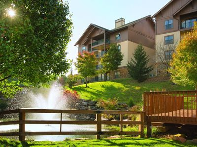Photo for 2 Bedroom Deluxe, Smokey Mountains, Sevierville, TN - (Thanksgiving)