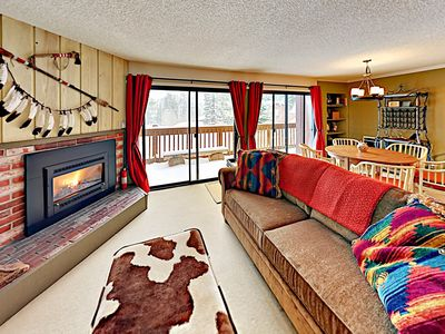 Photo for Mountain-View Condo w/ Pool, Hot Tub & Tennis – Short Walk to Lifts & Dining