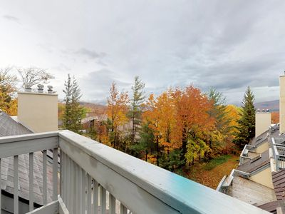 Photo for NEW LISTING! Cozy condo w/ shared pool, hot tub, sauna & more - walk to slopes!