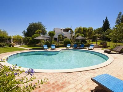 Photo for 4 bedroom Villa, sleeps 8 in Terras Novas with Pool