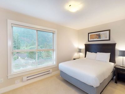 Photo for Harrison Lake View Resort - Three Bedroom Lake View Penthouse Suite 3