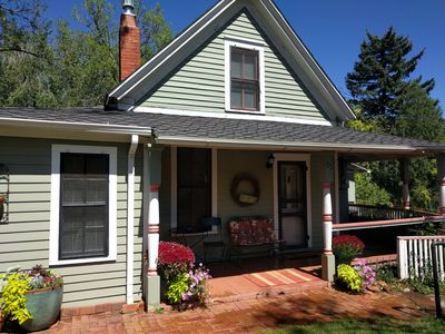 Photo for Garden Cottage - downtown Manitou Springs