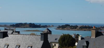 Photo for Rose Cottage St-Claude, sea view, 5'a foot seaside, near Bréhat / Pink Granite Coast