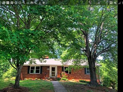 Photo for Beautiful Hideaway in the Heart of Greensboro